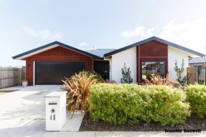 48 Totara Road_Logo-5