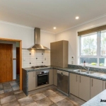9 Innes Place-15