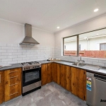 408 Botanical Road-15
