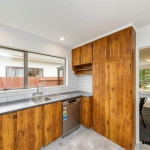 408 Botanical Road-17